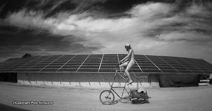 Powered by the sun. (Copyright 2009, Pete Slingland and Burning Man)
