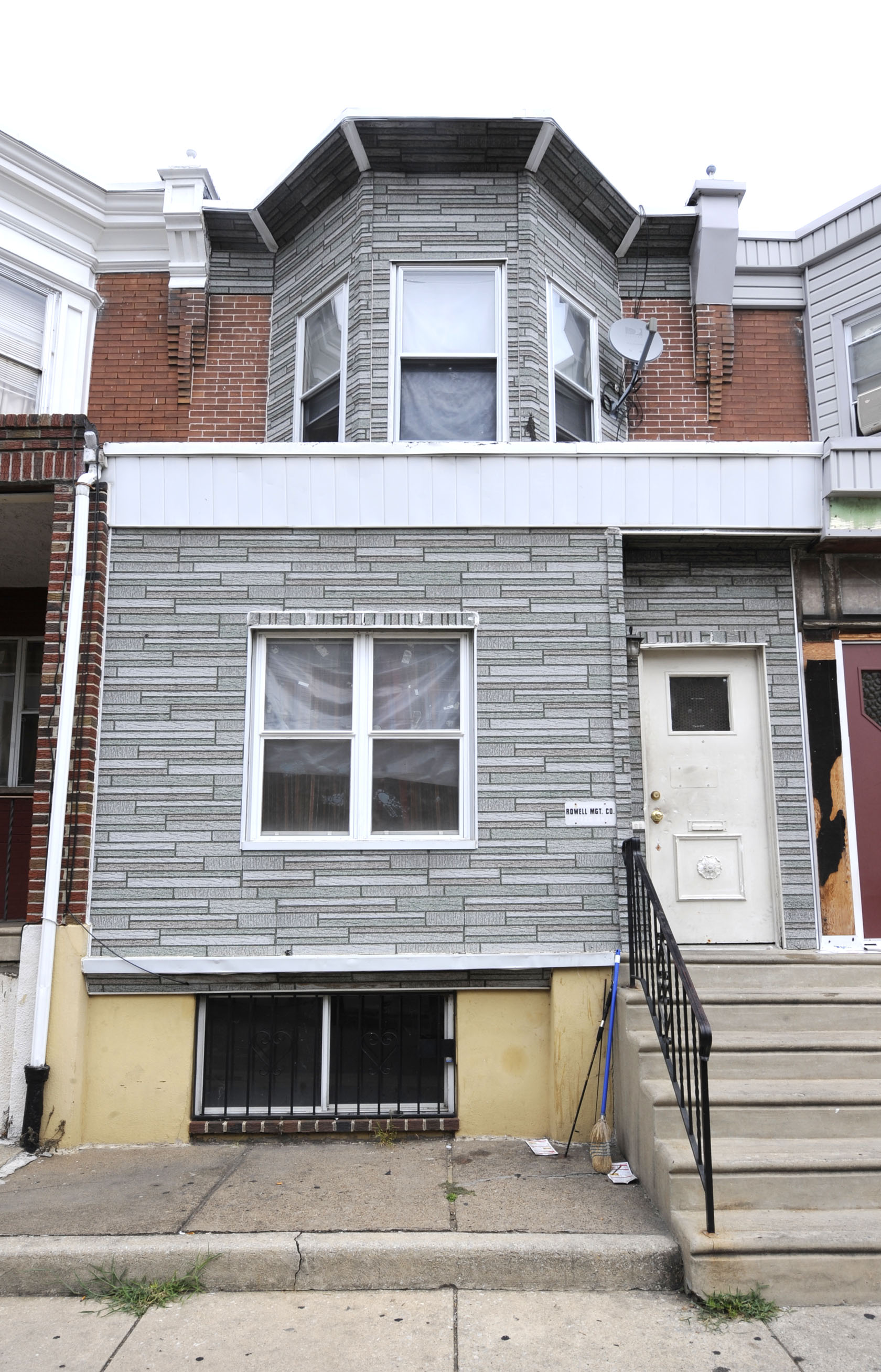 2527 S. Felton St. is owned by William Rowell, a landlord with many delinquent properties. (Clem Murray / Inquirer)