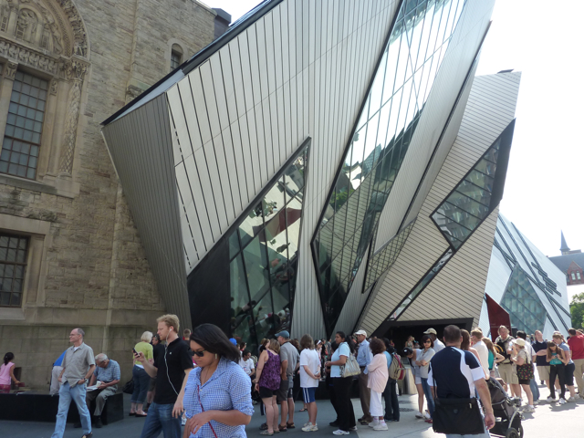 Daniel Liebskind at Royal Ontario Museum