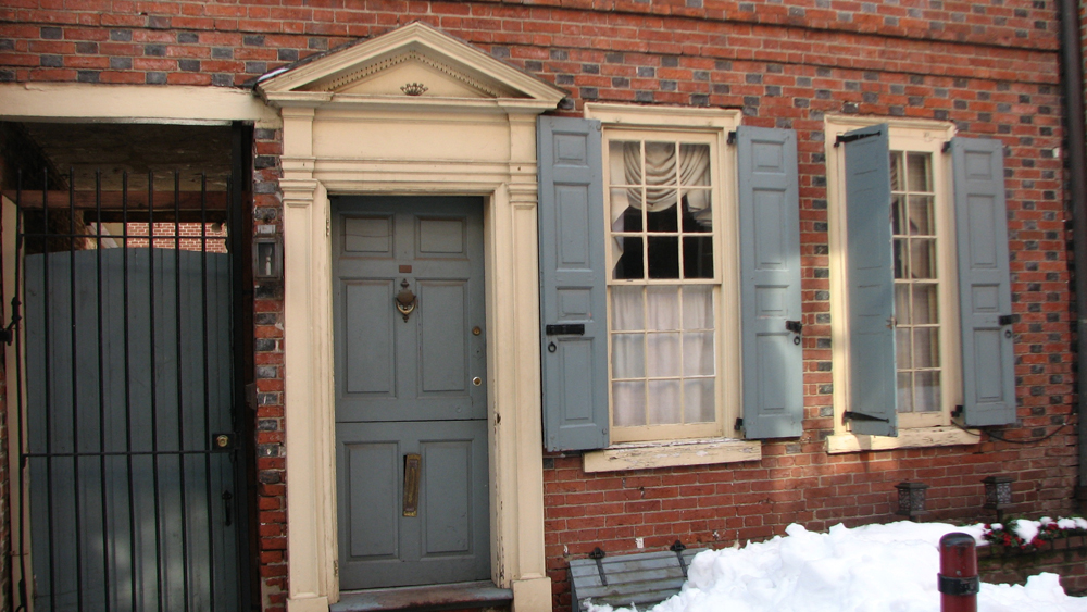 The early 19th century houses on the alley have recessed entrances and windows that provide more privacy.