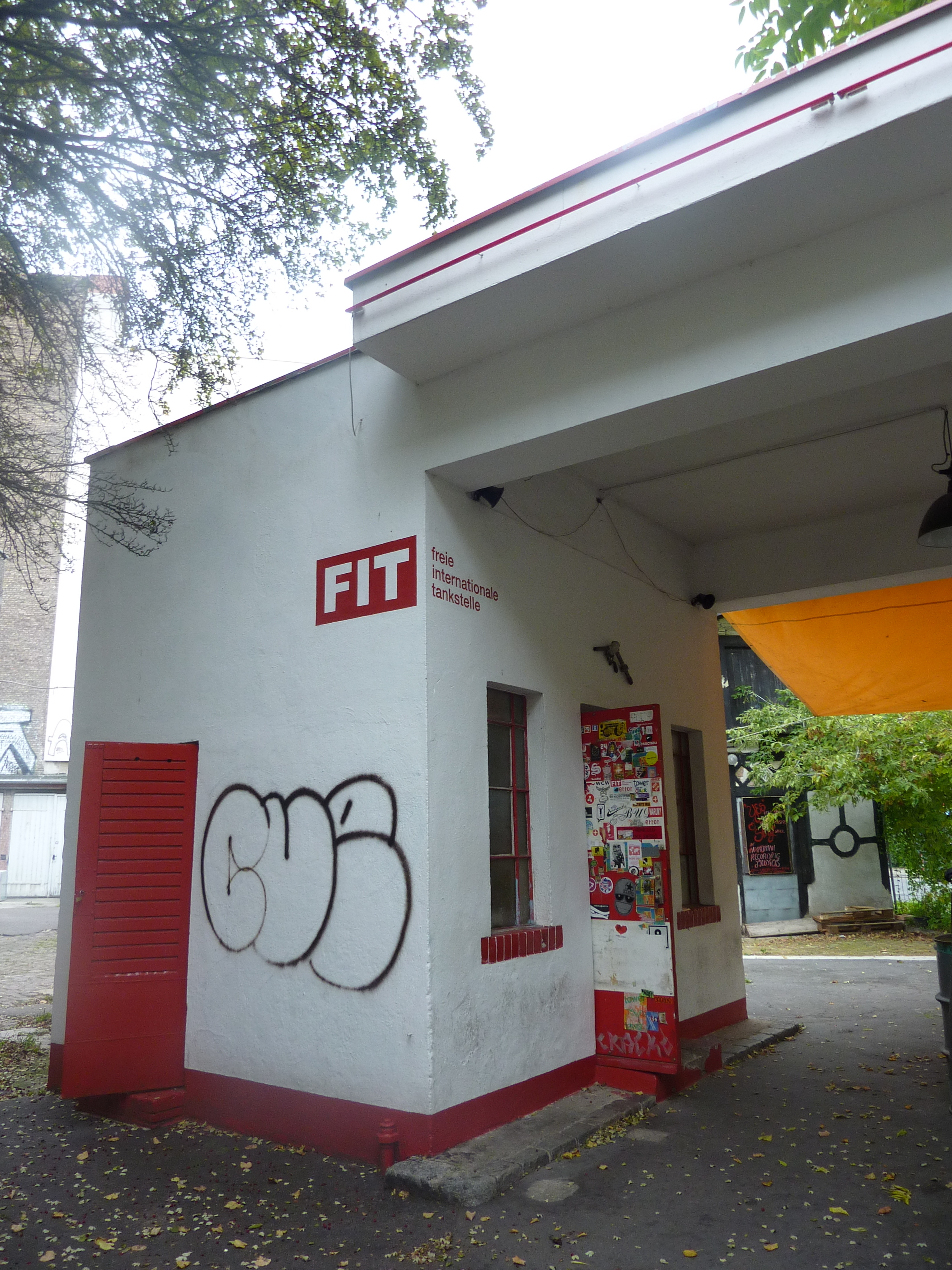 FIT gas station