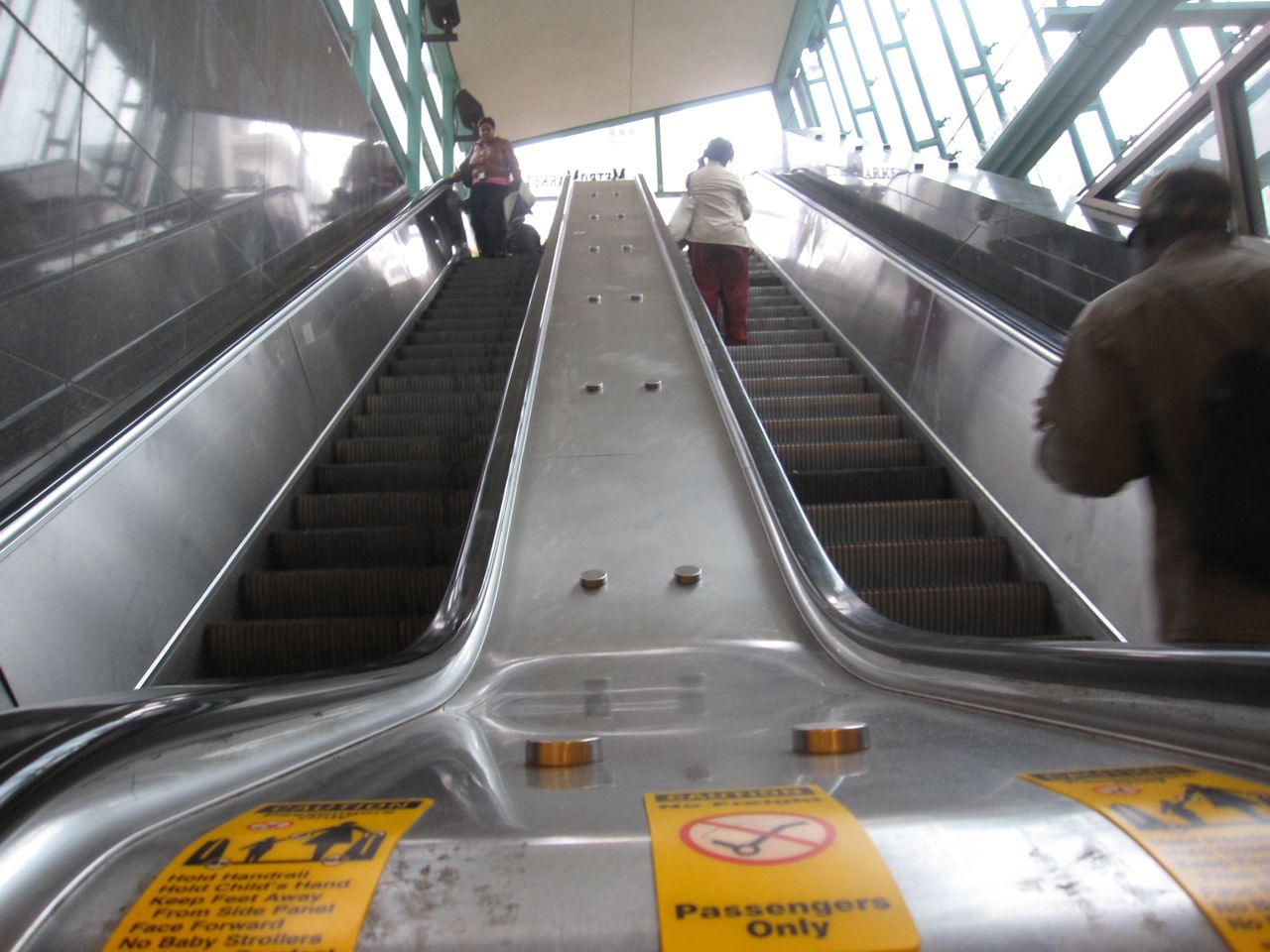 Escalator at 15th Street and Concourse