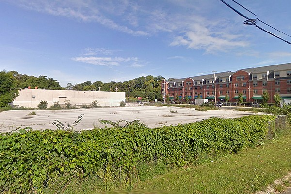 The Philadelphia Redevelopment Authority hopes to attract a developer for this site along Kelly Drive in East Falls.