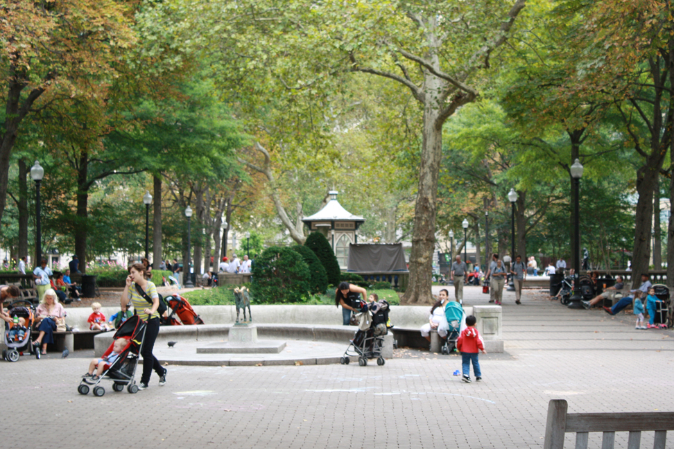 The Rittenhouse Square fountain. Brian Wenrich, PCPC