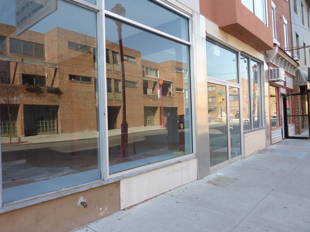 sites-planphilly-com-files-empty_storefront_700_blk_sost-jpeg