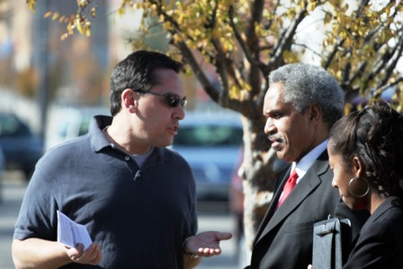 Harris Steinberg chats with Mayor Street