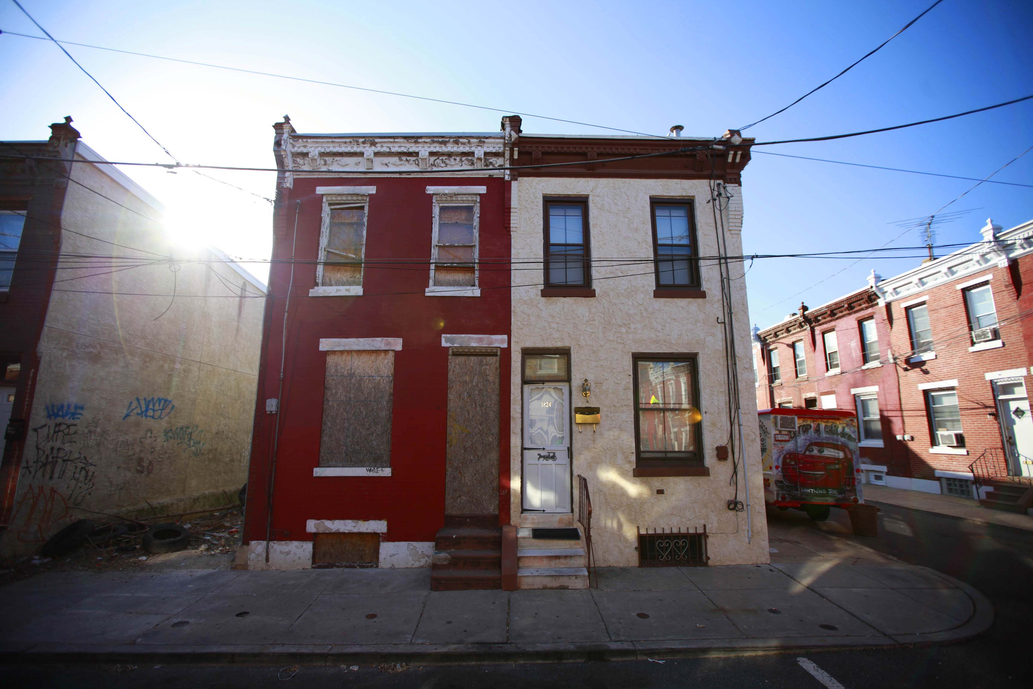 1822 and 1824 Waterloo Street, Philadelphia March 6, 2013. (David Swanson / Inquirer Staff Photographer)