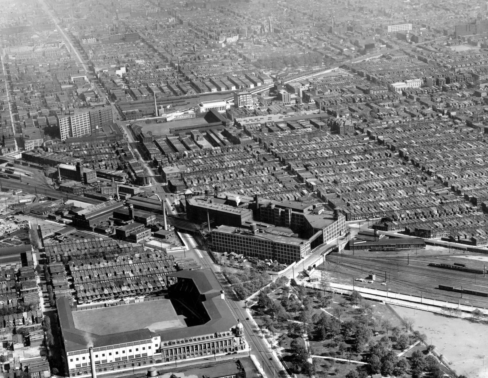 Aerial view of North Philadelphia, looking southeast over Shibe Park, the Baker Bowl, and the Connecting Railway | Temple University Libraries; Urban Archives