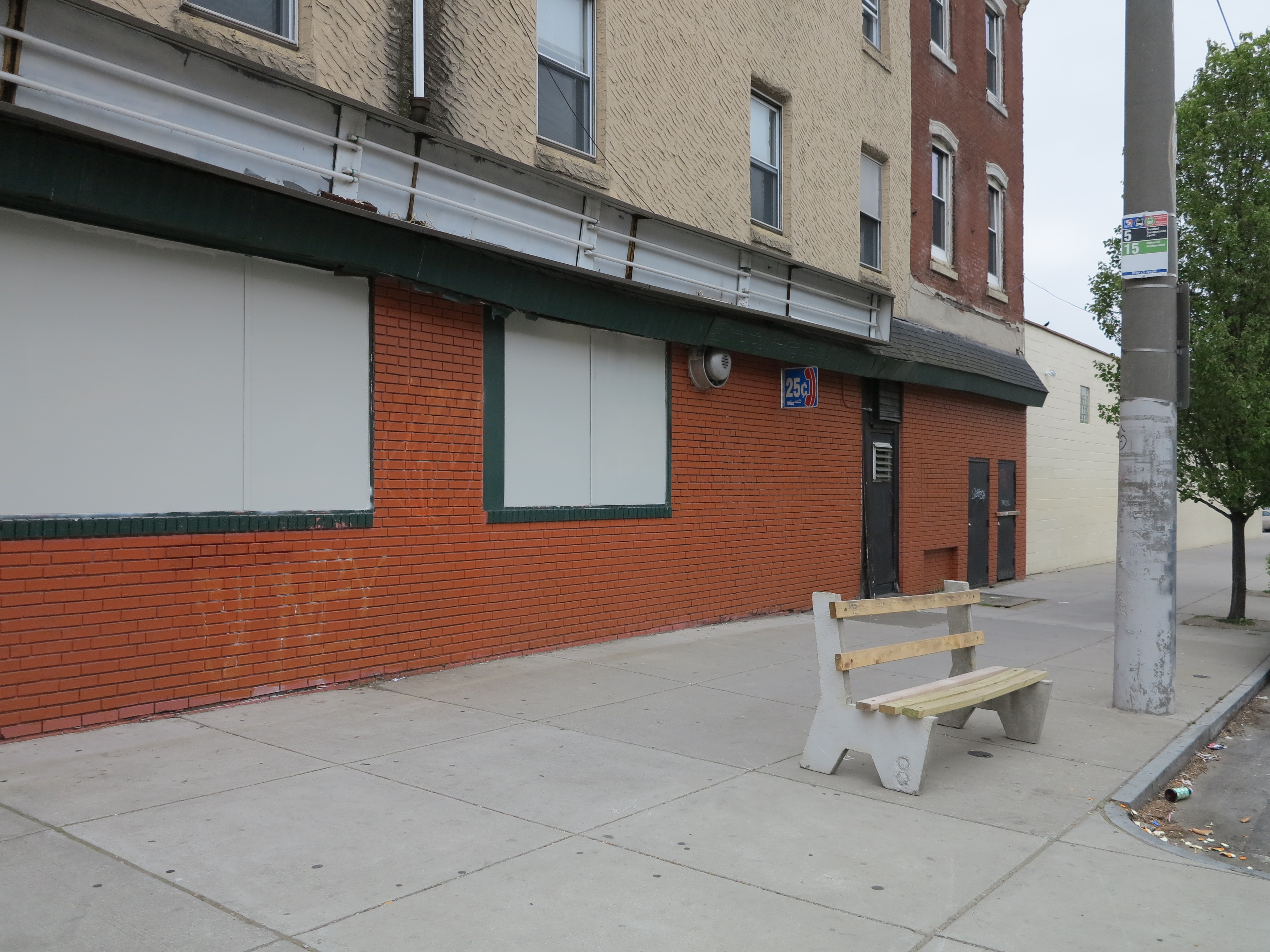 Bandit bench, stripped of its ad, at Girard Ave and 2nd Street, May 2013