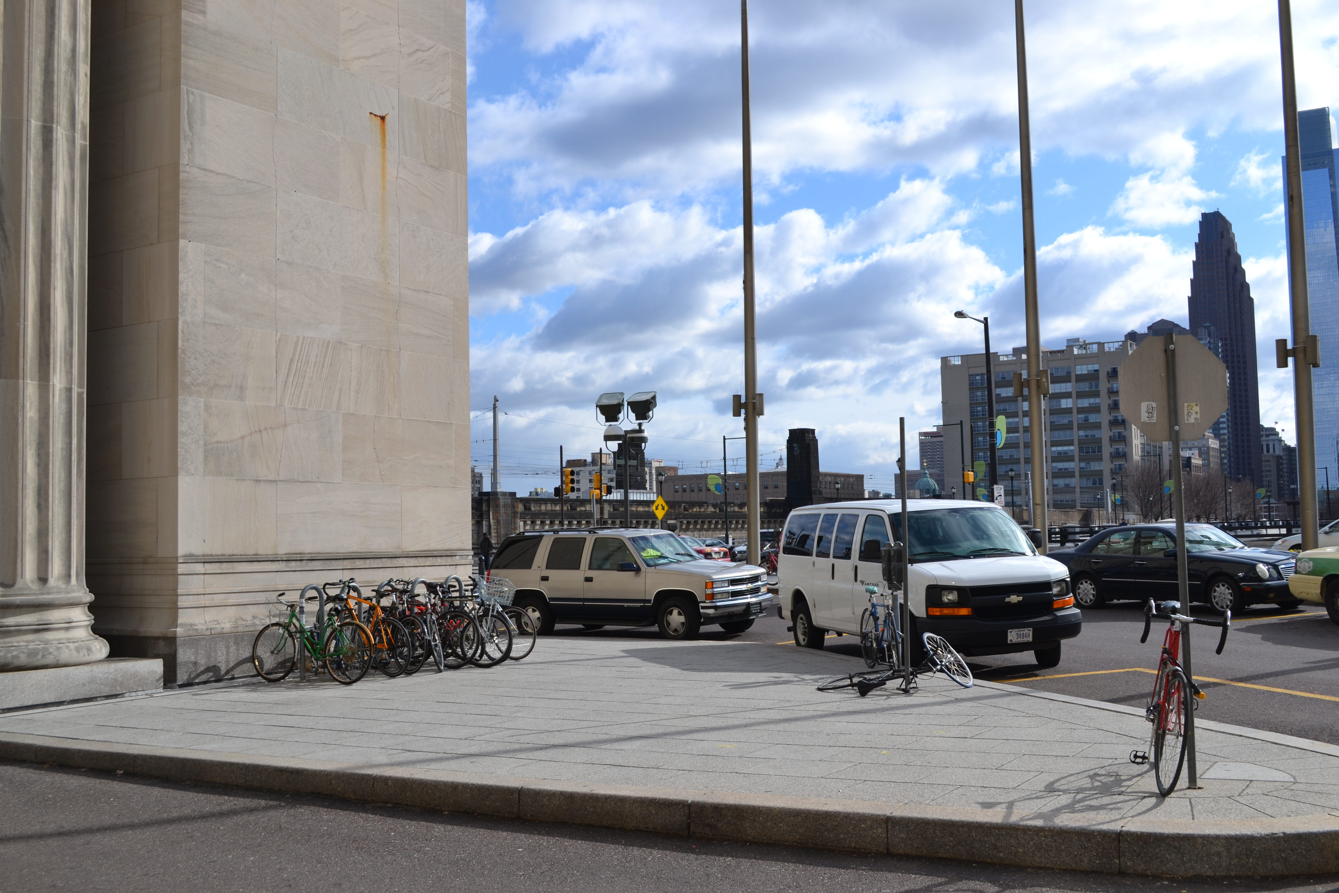 Bike-to-transit survey shows people want more 30th Street Station bike parking