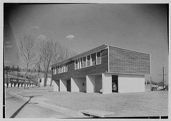 Carver Court, 1943 | Library of Congress, Prints and Photographs Division, ID: gsc 5a10184