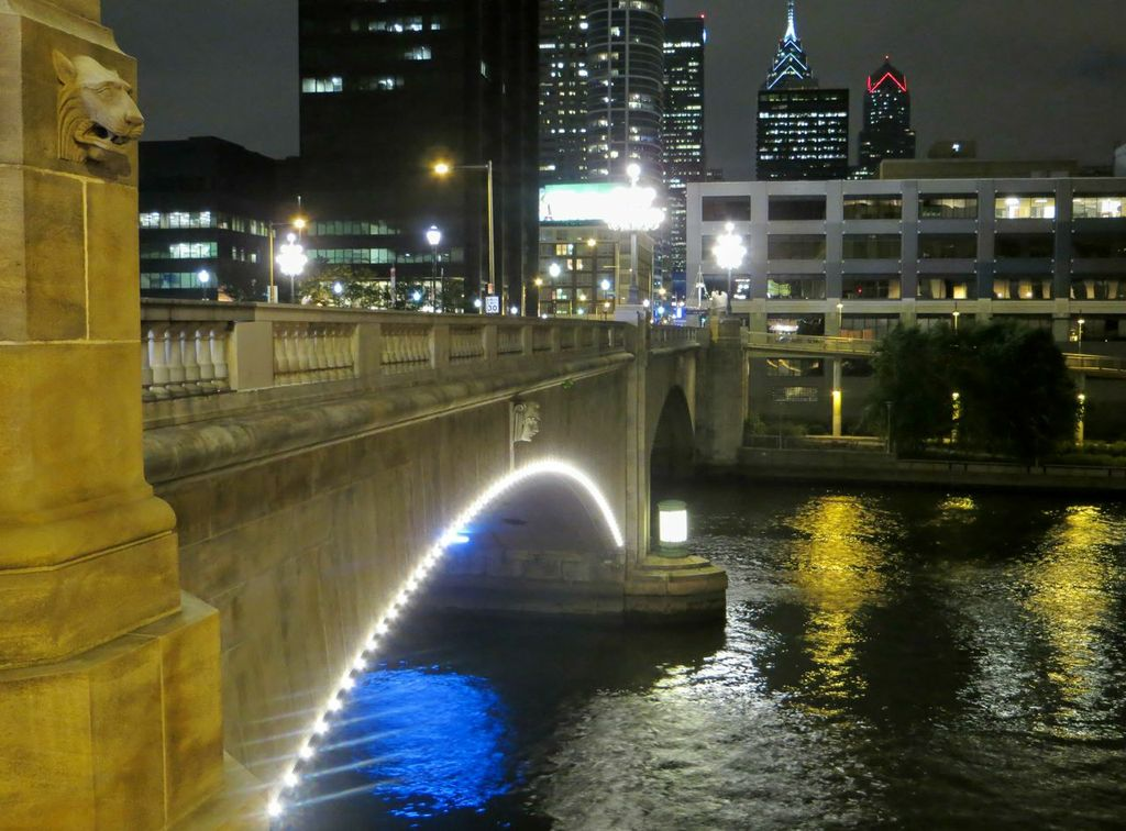 Market Street Bridge lighting refreshed.