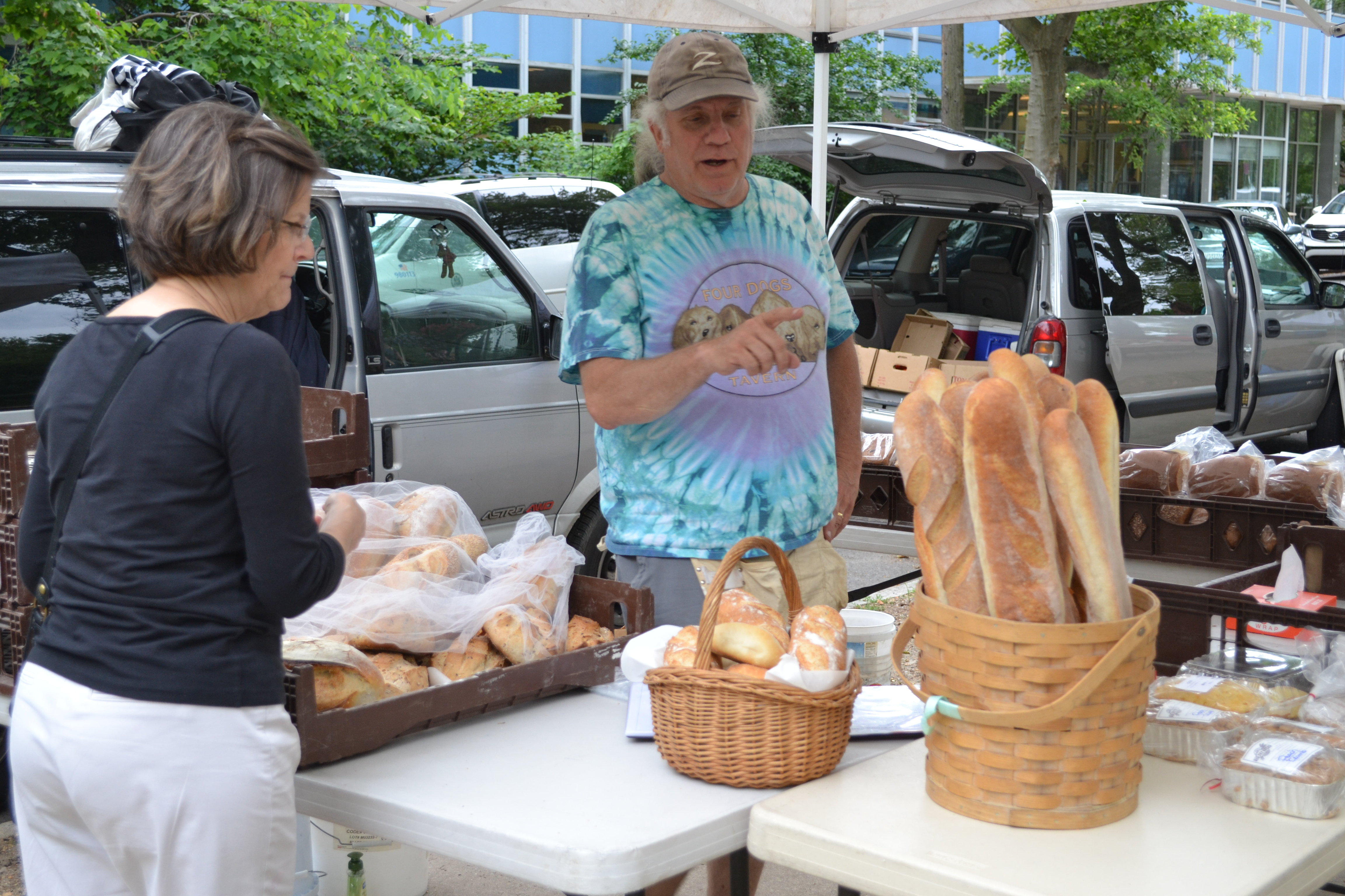 The Thursday farmers market returned to Clark Park this week