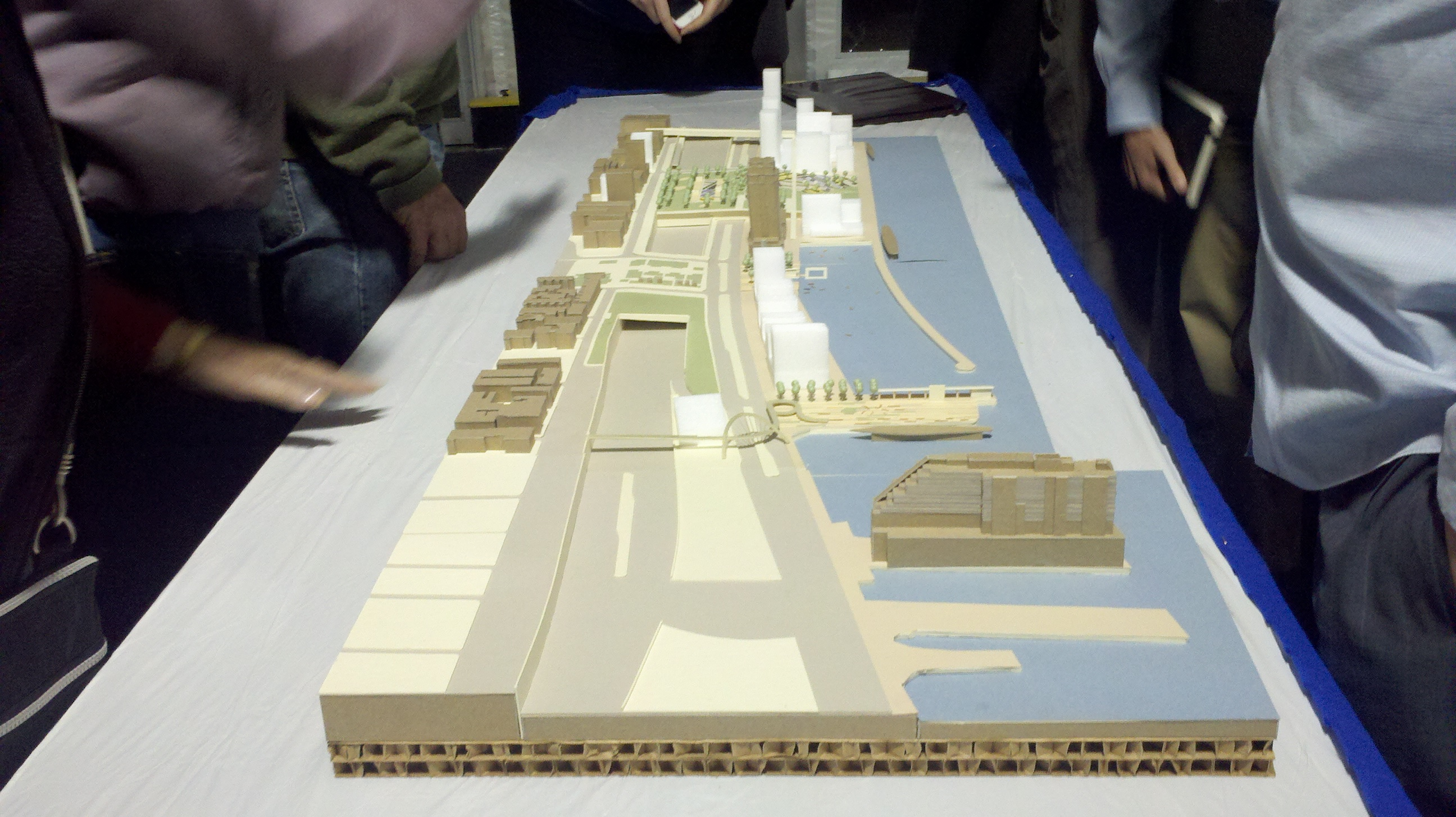 Hargreaves' three-dimensional model for Penn's Landing