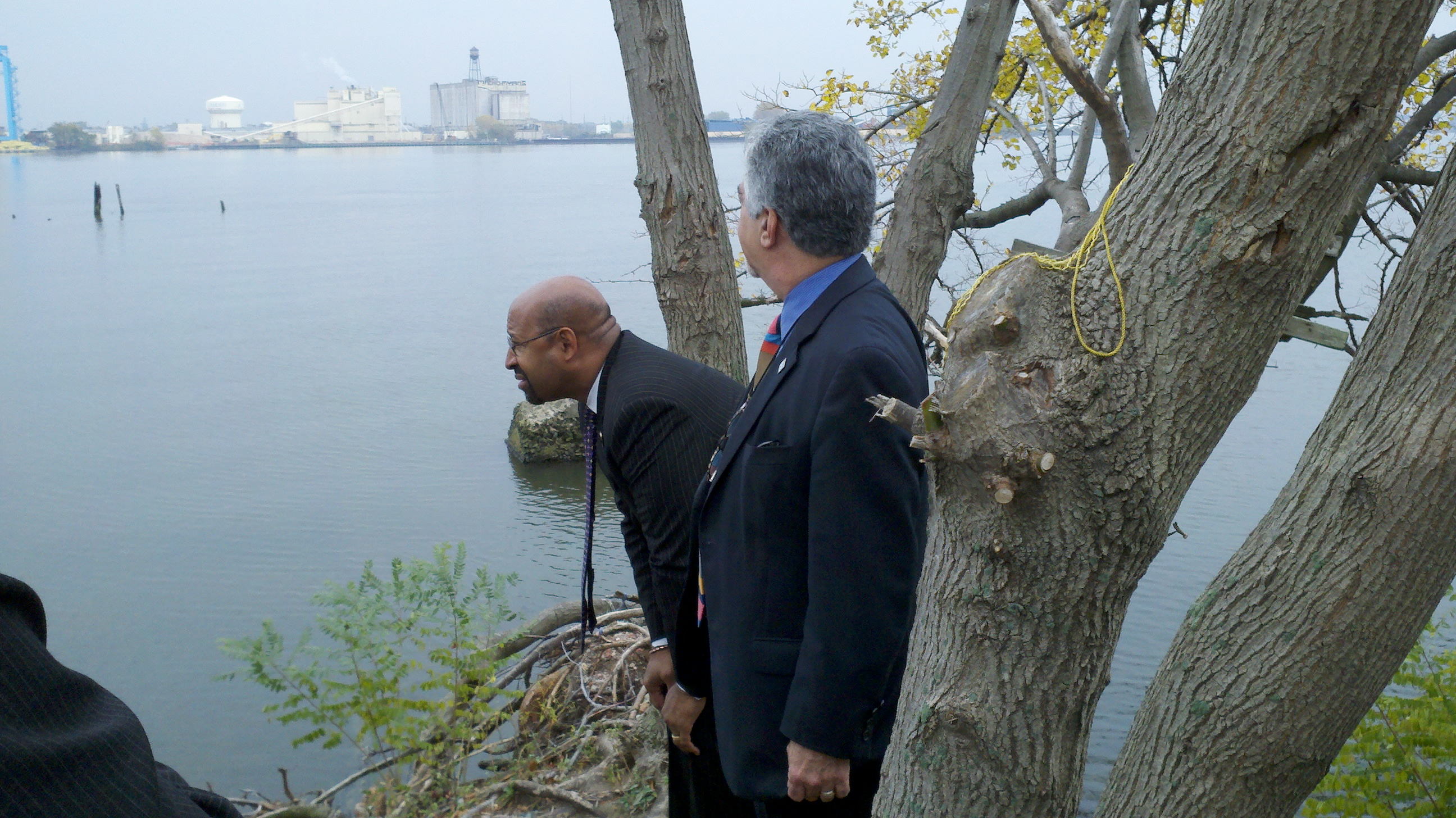 Mayor Nutter and Deputy Mayor Greenberger take in the views