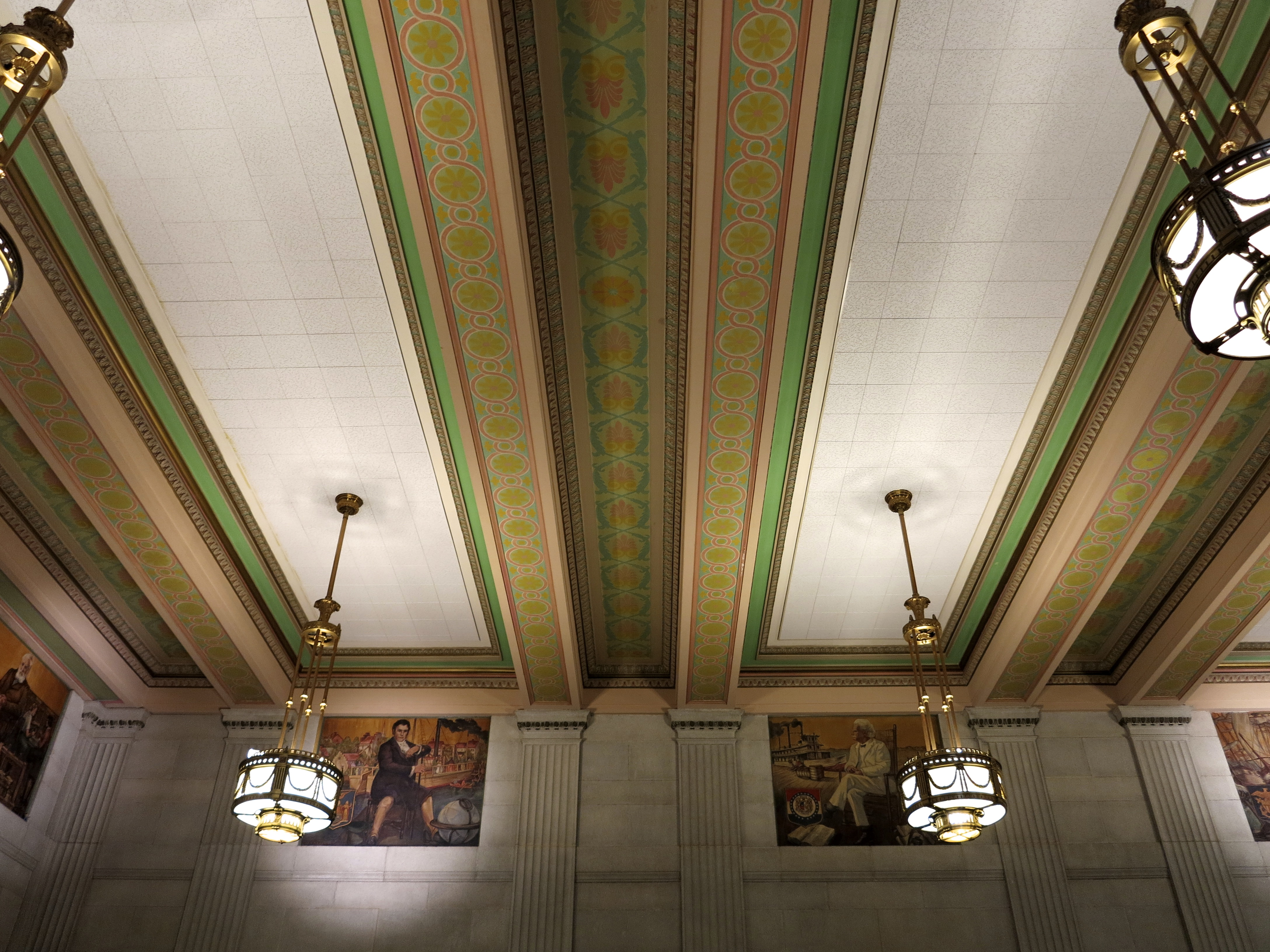West Waiting Room murals depict important figures in American history.