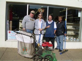 (L to R): Bill Conaway, PPh Director of Community Relations; Sherry Wharton; John Evans, Salvation Army Thrift Store; and Sandi King, Philadelphia Commerce Department Business Services Manager, take