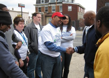 http-neastphilly-com-wp-content-uploads-2011-04-sp1102nephillyspringcleanupnutterboxer-350x252-jpg